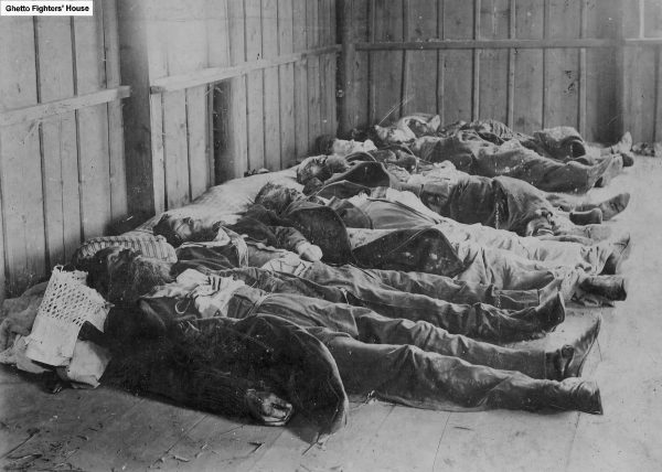 Victims of the Kishinev pogrom, a 1903 massacre in which a mob murdered 120 Jews and injured about 500.